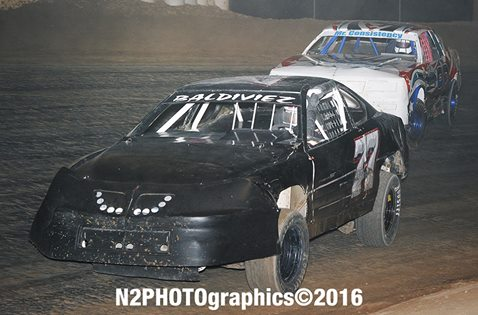 Baldiviez, Essary resume see-saw Stock Car battle Saturday night at Cocopah Speedway