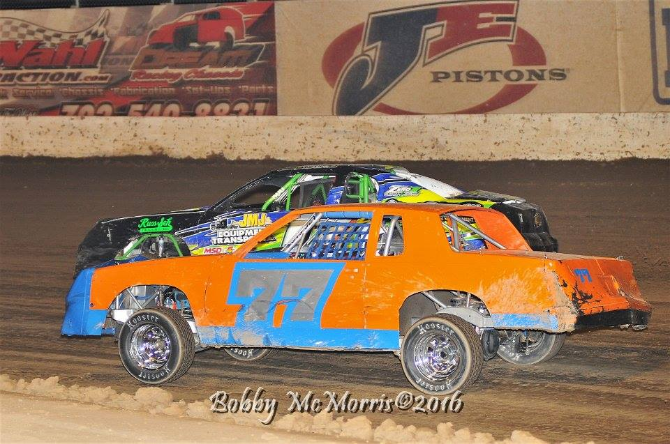 Baldiviez wins thrilling race at Cocopah Speedway